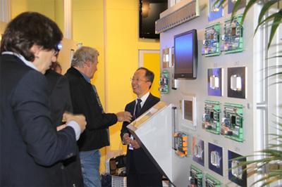 新时达step目的层电梯群控系统亮相interlift2009
